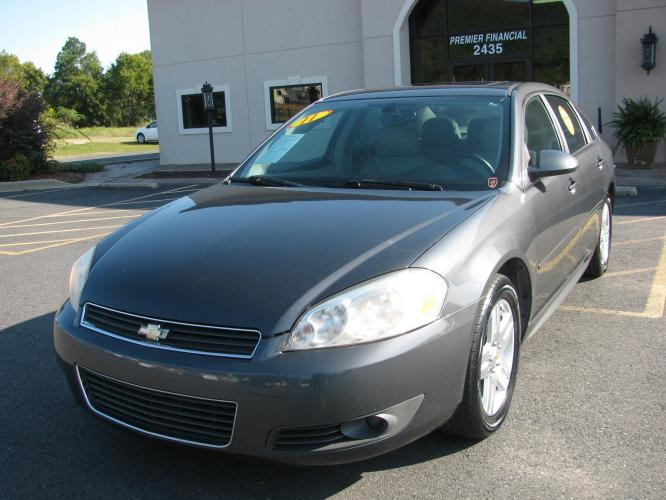 2011 GRAY CHEVROLET IMPALA (2G1WG5EK5B1) with an V6, 3.5L; FFV; SFI engine, AUTOMATIC transmission, located at 2443 Albert Pike, Hot Springs, AR, 71913, (501) 623-6255, 34.492222, -93.109993 - Photo #0
